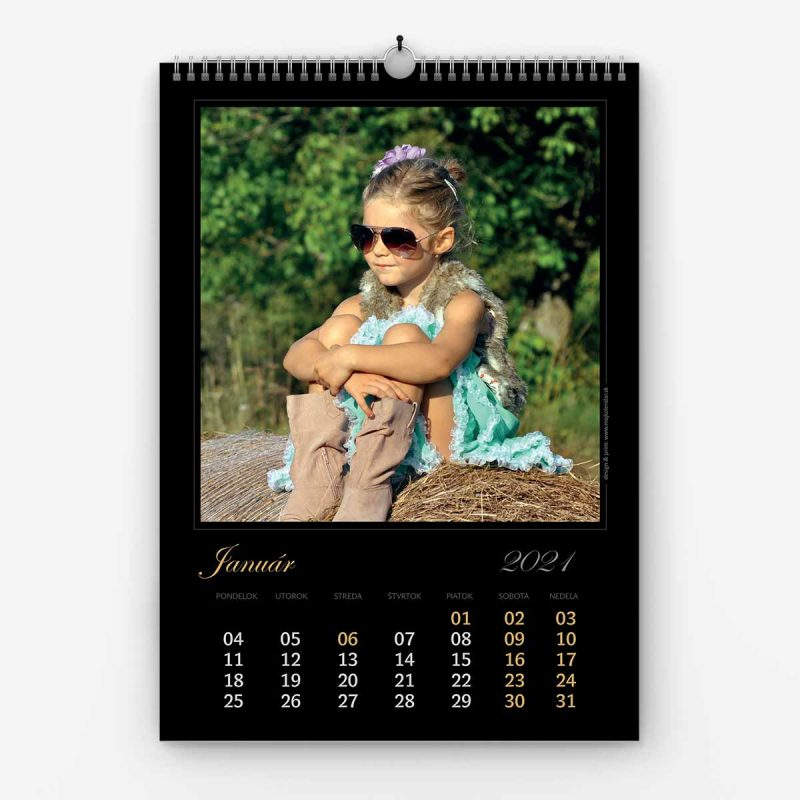 Nástenný kalendár z vlastných fotiek - šablóna č. 02